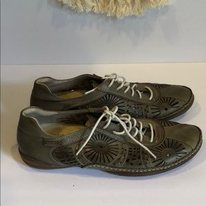 Pikolinos lace up loafers size 37- size 7